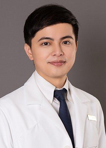 林日新 醫師